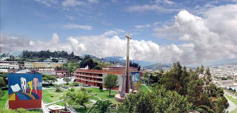 01_UTPL_-_Loja_-_Ecuador_-_Panorámica.jpg